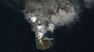 Naturalne laboratorium ewolucji. Narodziny wulkanu