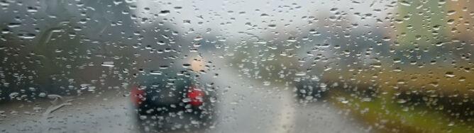 Spadnie do 20 l/mkw. deszczu, grad oraz powieje do 80 km/h